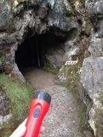鍾乳洞入り口前2
